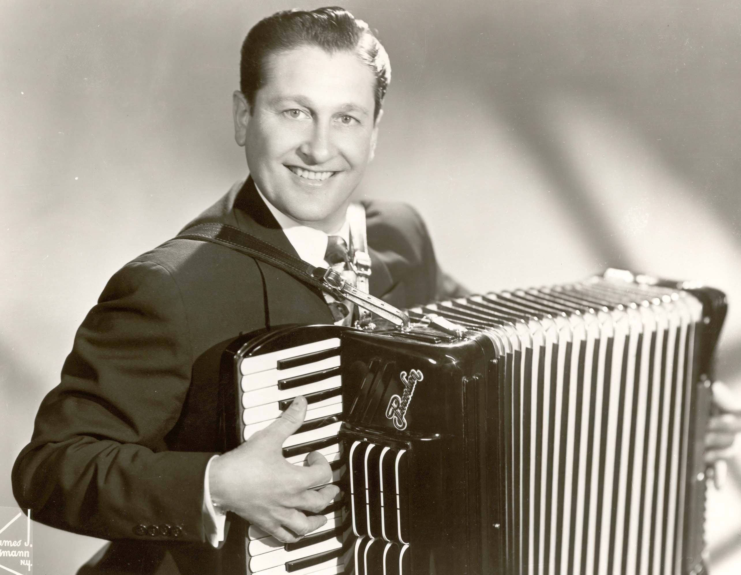 Lawrence Welk & His Music Makers - Greatest Hits